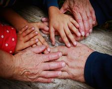 Seniors: les nouvelles formes d'entraide